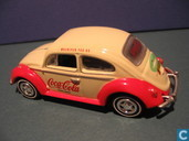 Model cars - Johnny Lightning - Volkswagen Kever 'Coca-Cola'
