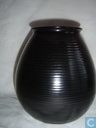 Keramiek - ADCO (Groninger Steenfabrieken) - ADCO Vaas 1014 zwart
