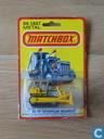 Modelauto's  - Matchbox Toys Ltd. - Caterpillar D9 Bulldozer
