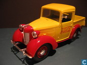 Model cars - Johnny Lightning - American  Bantam  coca cola