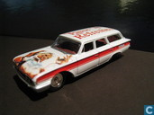 Modelauto's  - Johnny Lightning - Ford Country Squire Station Wagon 'Coca Cola'