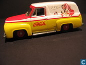 Voitures miniatures - Johnny Lightning - Ford Panel Van 'Coca-Cola'