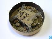 Clock / alarm clock - Maastrichts aardewerk - kruidenkast met klokje