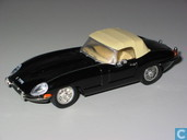 Model cars - Corgi - Jaguar E-type