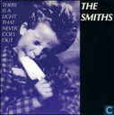 Disques vinyl et CD - Smiths, The - There's A Light That Never Goes Out