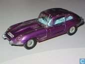 Voitures miniatures - Dinky Toys - Jaguar E-type 2+2