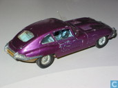 Model cars - Dinky Toys - Jaguar E-type 2+2