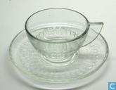 Glas / Kristall - Kristalunie - geperste kop en schotel