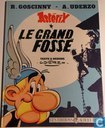 Strips - Asterix - Le grand fossé