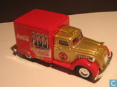 Model cars - Matchbox - Dodge Airflow 'Coca-Cola'