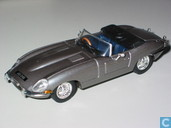 Model cars - Vanguards - Jaguar E-Type 3.8 - Opalescent Silver grey