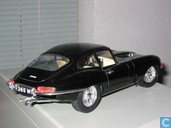 Voitures miniatures - Bburago - Jaguar E-type