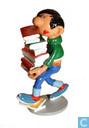 Gaston mit Bücher