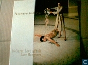 Disques vinyl et CD - Associates, The - 18 carat love affair