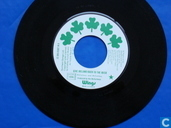 Vinyl records and CDs - Wings - Give Irerland back to the Irish