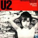 Disques vinyl et CD - U2 - Two hearts beat as one