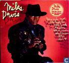 Platen en CD's - Davis, Miles - You're under arrest