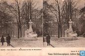 04-05. Paris - Parc Monceau -  Monument de Guy de Maupassant