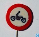 Verbodsbord: gesloten voor motorvoertuigen op twee wielen