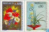 1975 Race flower arranging (MON 329)