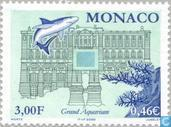 Inbouw groot aquartium in Oceanografisch museum