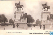 01-14. Paris - Statue Etiënne Marcel