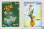 1982 Race flower arranging (MON 472)