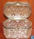 Antiek kristalen doosje
