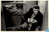James Dean with his camera, 1954, 1113