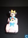 Minnie in auto