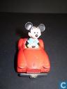 Mickey in auto