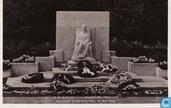 Monument in het Rosarium te den Haag
