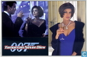 EO 00709 - Tomorrow Never Dies - Bond & Paris
