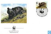 ours de WWF-collier