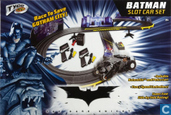 "Batman Begins ""Race to save Gotham City"" set"