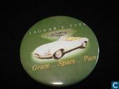 """Jaguar """"E"""" Type Grace... Space... Pace"""
