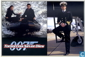 EO 00707 - Tomorrow Never Dies - Bond, Commander Bond