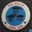 Drie mollen sinds 1818 [blauw]