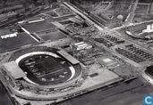 Luchtfoto Olympisch Stadion bij de opening van de Olympische Spelen