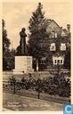 Enschede Standbeeld Mgr. Alphons Arriens