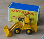 Model cars - Matchbox - Hatra tractor shovel
