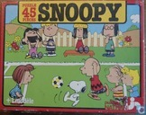 Snoopy Joue au football