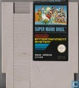 Video games - Nintendo NES (Nintendo Entertainment System) - Super Mario Bros.