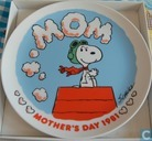 Peanuts Mother's day plate