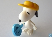 Snoopy with banjo