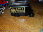 Dennis Parcels Van 'Kiwi Polishes'