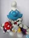 King Smurf (yellow pants/white hat/silver crown)