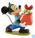 "WDCC Mickey Mouse ""Presents For My Pals"""