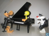Daffy Duck Piano