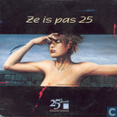 Ze is pas 25